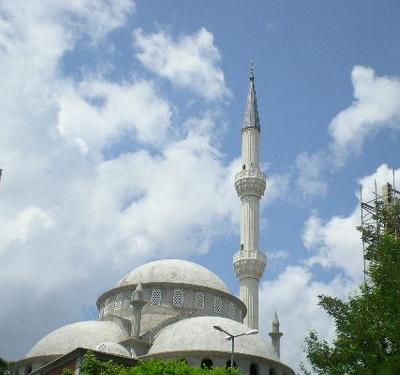 Alemdağ Merkez Cami