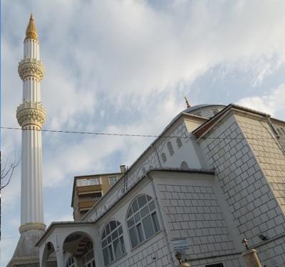 Zümrütevler Girne Cami
